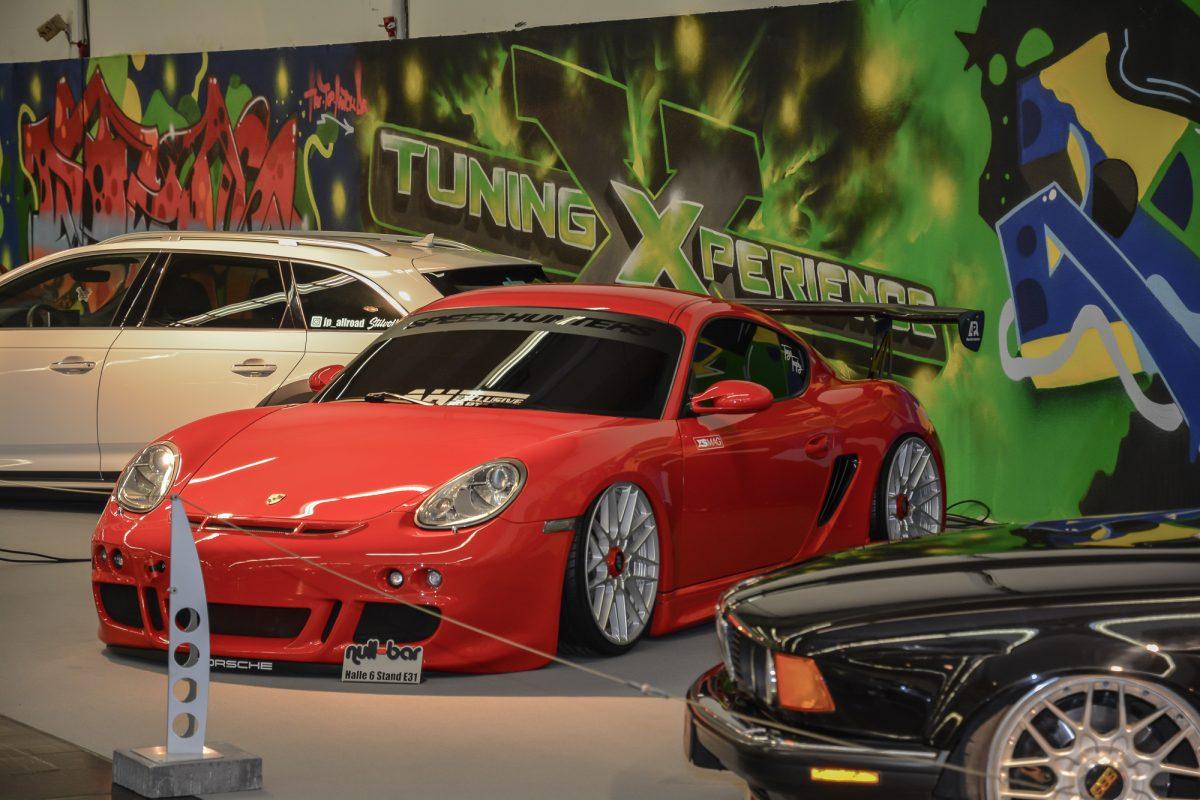 Roter Porsche auf der TuningXperience, Essen Motor Show 2018